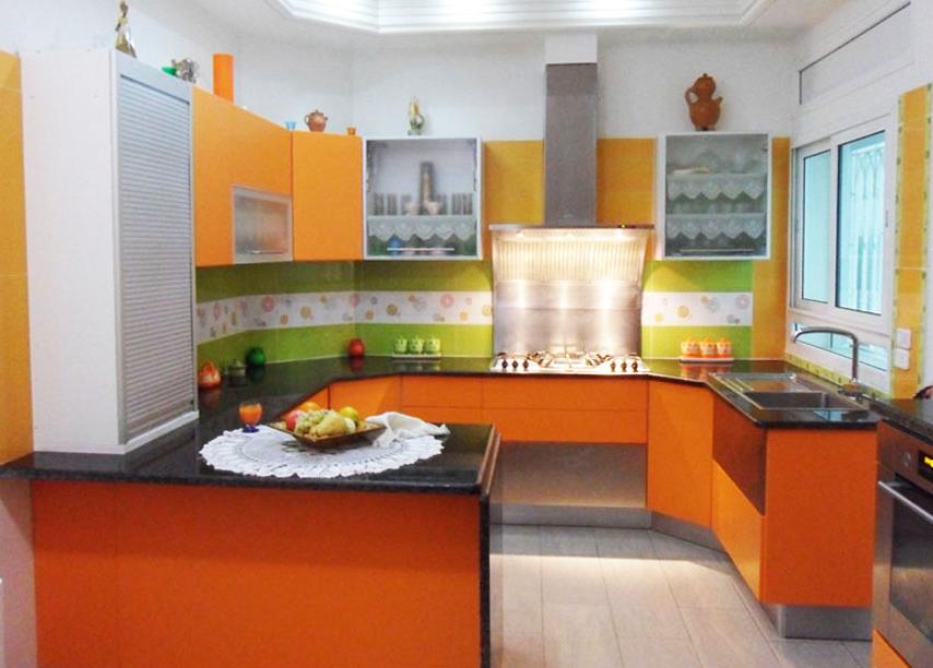 top cuisine fabrication montage et installation des cuisines des meubles de salle bain et. Black Bedroom Furniture Sets. Home Design Ideas